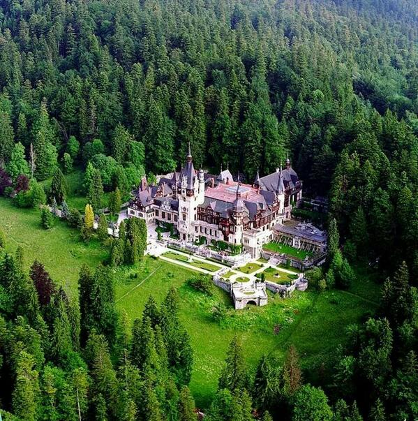 Aerial view of Peles Castle and the Royal Estate of Sinaia in Romania. Photo: WikiMedia.org.