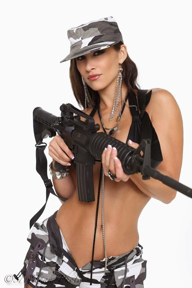 Sexy Guns Babes 59