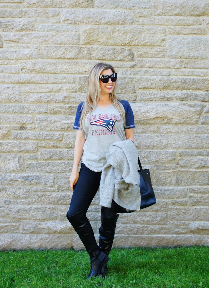 cute ways to wear Patriots tee