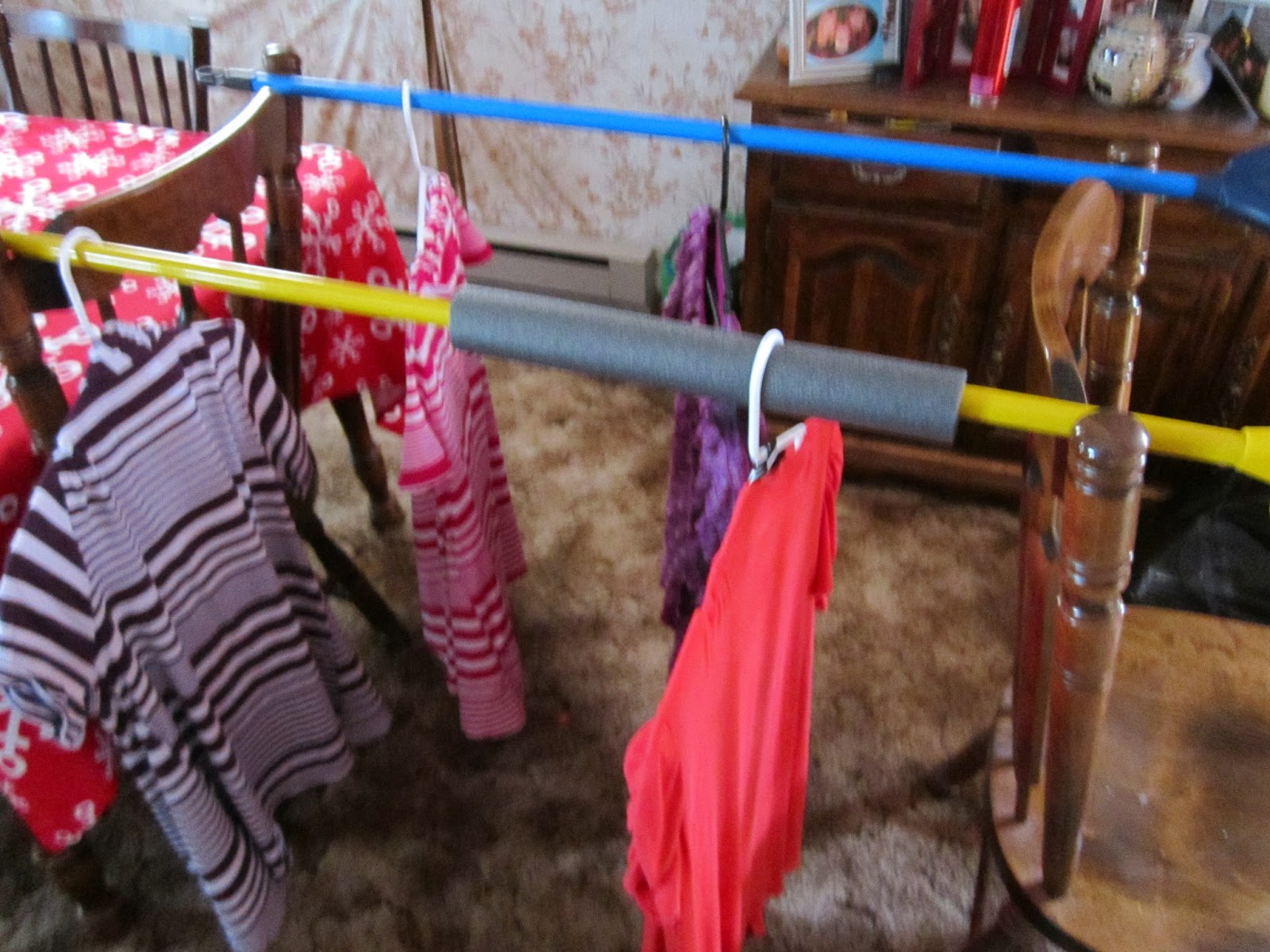 Frugal Workshop: Homemade Drying Rack on homemade round clothes rack for garage sale, yard sale, ghetto garage sale, ideas for garage to hang clothes on sale,