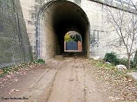 Túnel sota l'autovia, al fons Can Morull. Autor: Grupo Senderista Nico