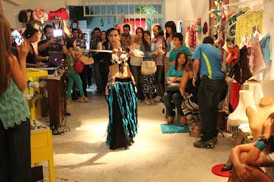 sucursal del diseño, feria del diseño independiente en cali, diseñadores se reunen en la Juana Granada, cali es diseño, diseño en cali, arte moda y cafe en la Juana, Granada Cali sitio de moda, Cali es cultura, empresas culturales de cali, emprendimientos culturales en colombia, marcas independientes de cali