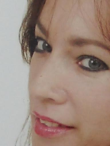 esmeraldapoesía Poeta Idelys Izquierdo Laboy