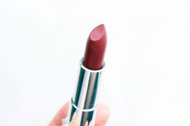 maybelline 975 divine wine matte colour sensational lipstick