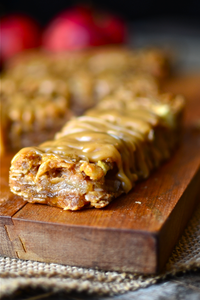Yammie's Noshery: Chewy Peanut Butter Apple Granola Bars