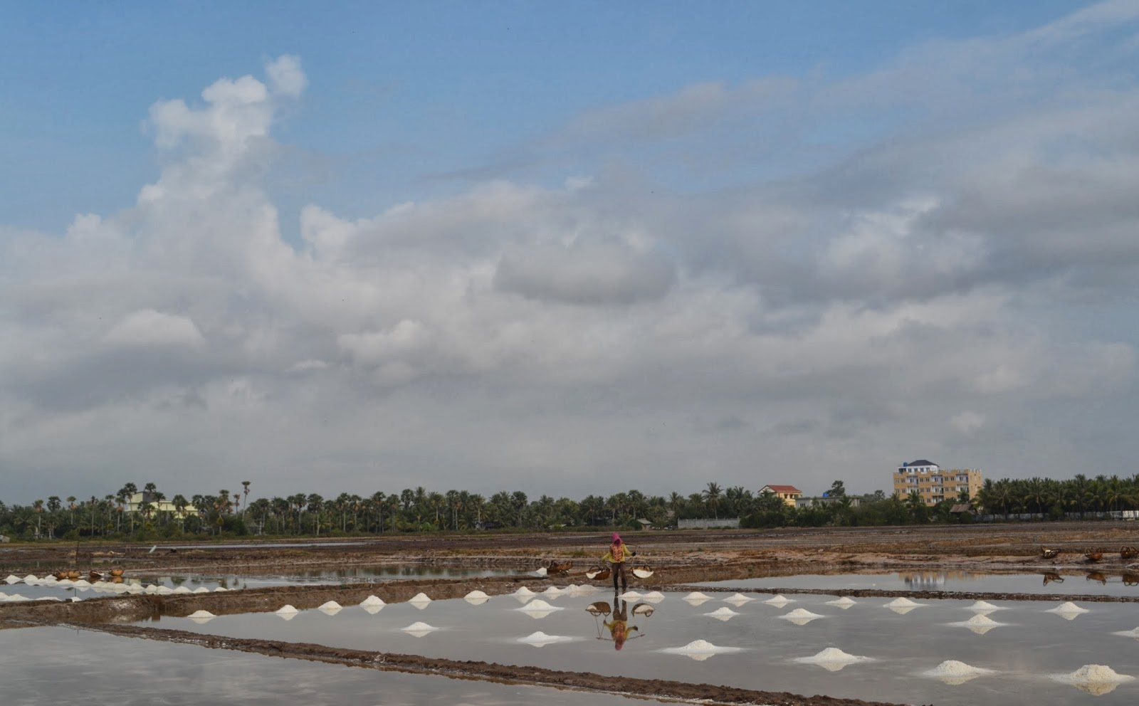 a sea salt farm in kampot cambodia