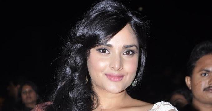 INDIAN ACTRESS: Divya Spandana White Teansparent Saree At