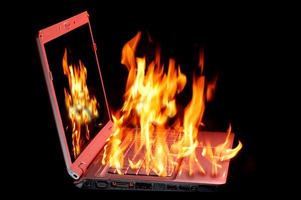 يمكن للهاكر إحراق مكونات الحاسوب