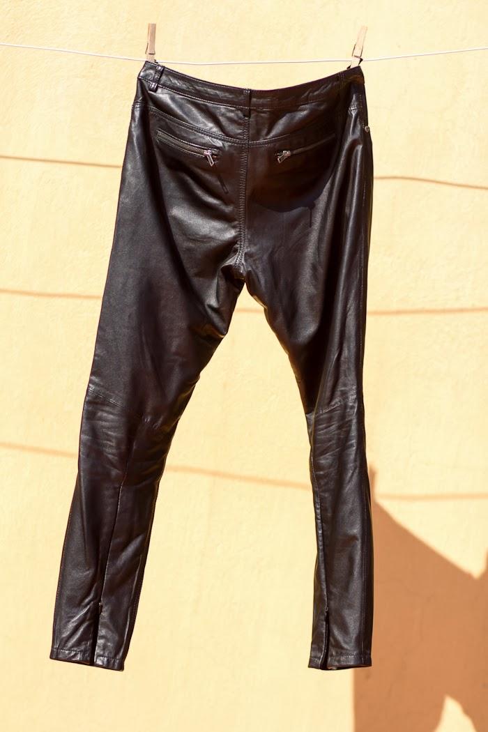 Pantalón de cuero Kirin negro de Muubaa