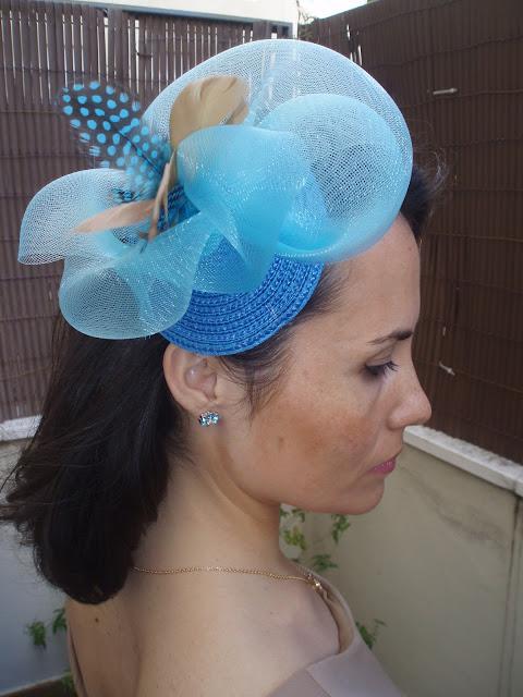 tocado, fiesta, boda, barato, económico, azul, turquesa, plumas, beige, tocados