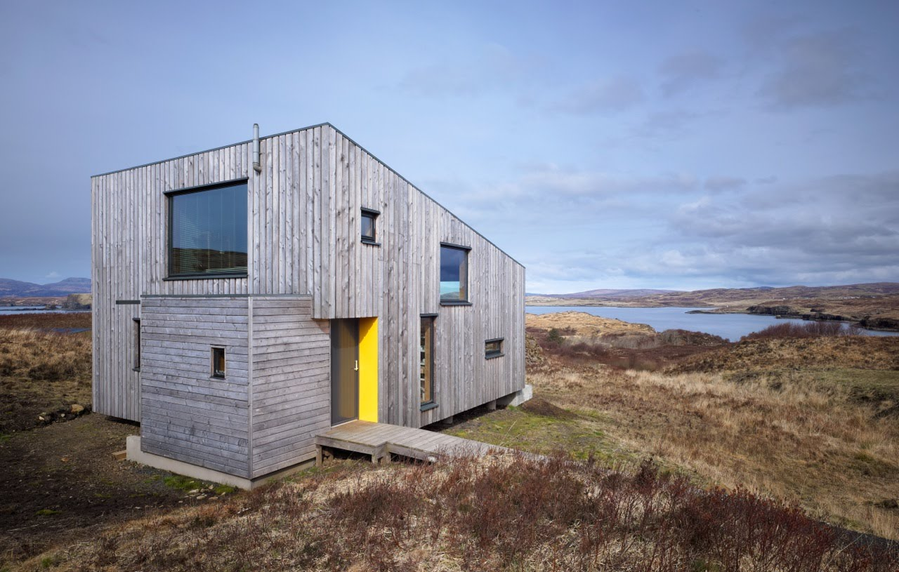 Avant garde design the hen house the isle of skye for Small new build homes