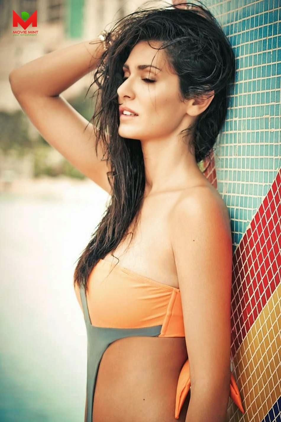 Bruna Abdullah strips down in Bikini sexiest images
