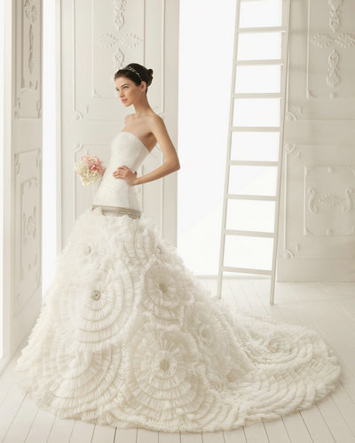 Wedding Dresses online Article: May 2013