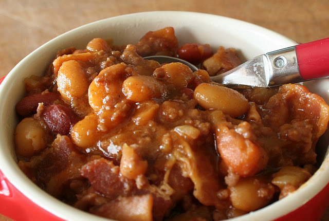 The Shrone: Comparative Food: Beans with Meat Stews