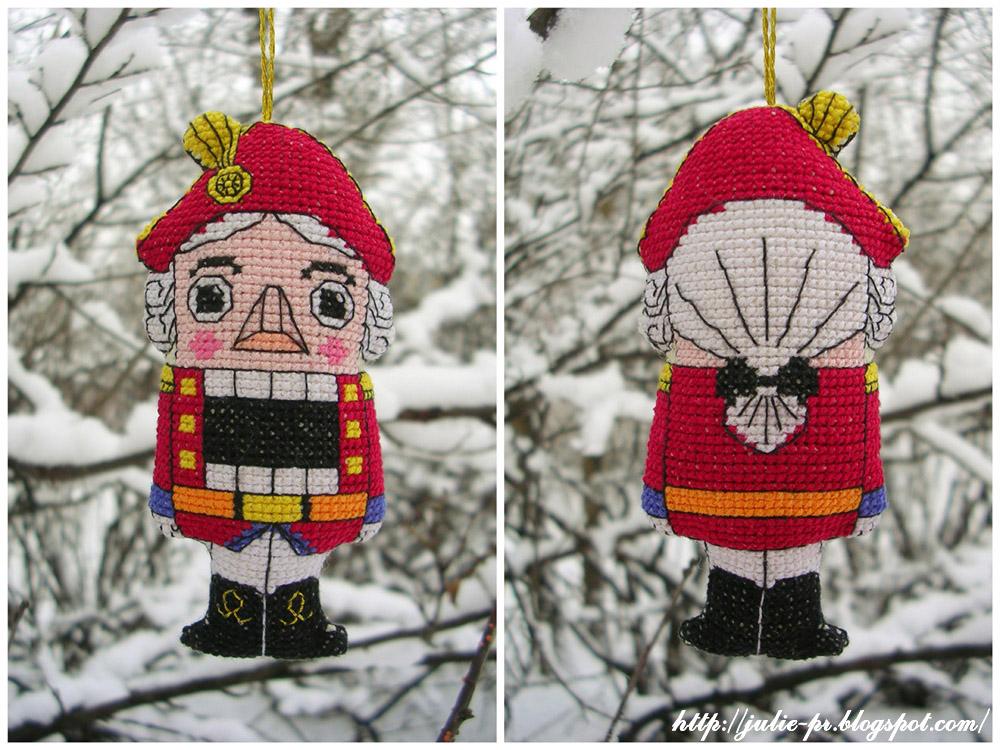 Щелкунчик Nutcracker вышивка cross stitch елочная игрушка Юлия Лапутина