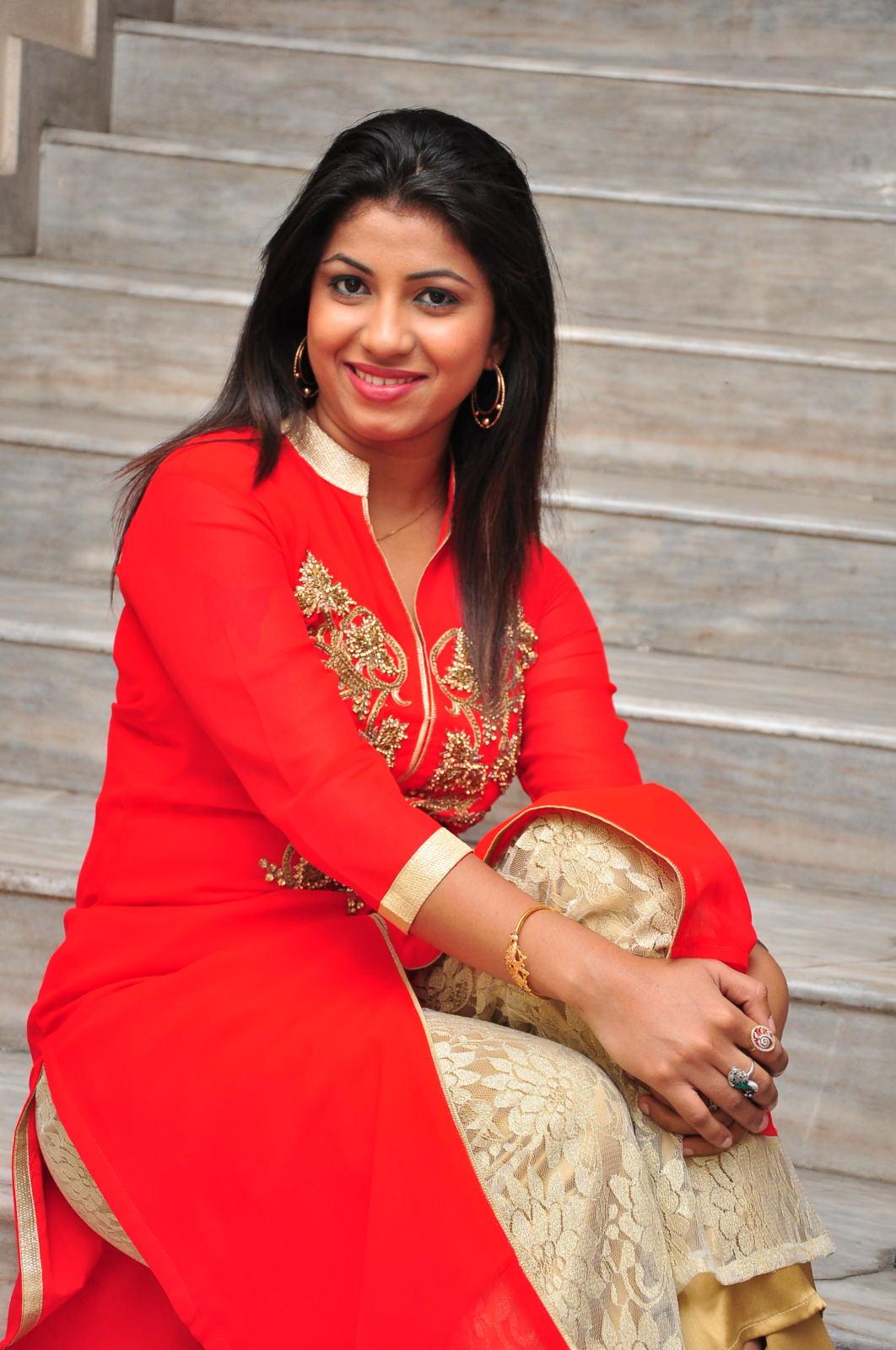 Geethanjali glam pics-HQ-Photo-14