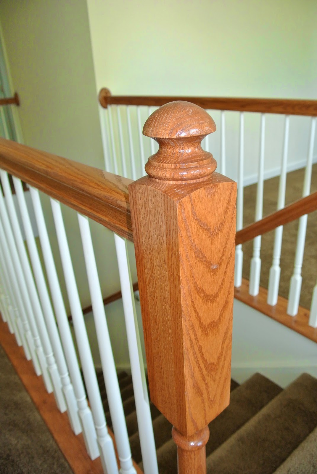 A up close picture of the finished banister