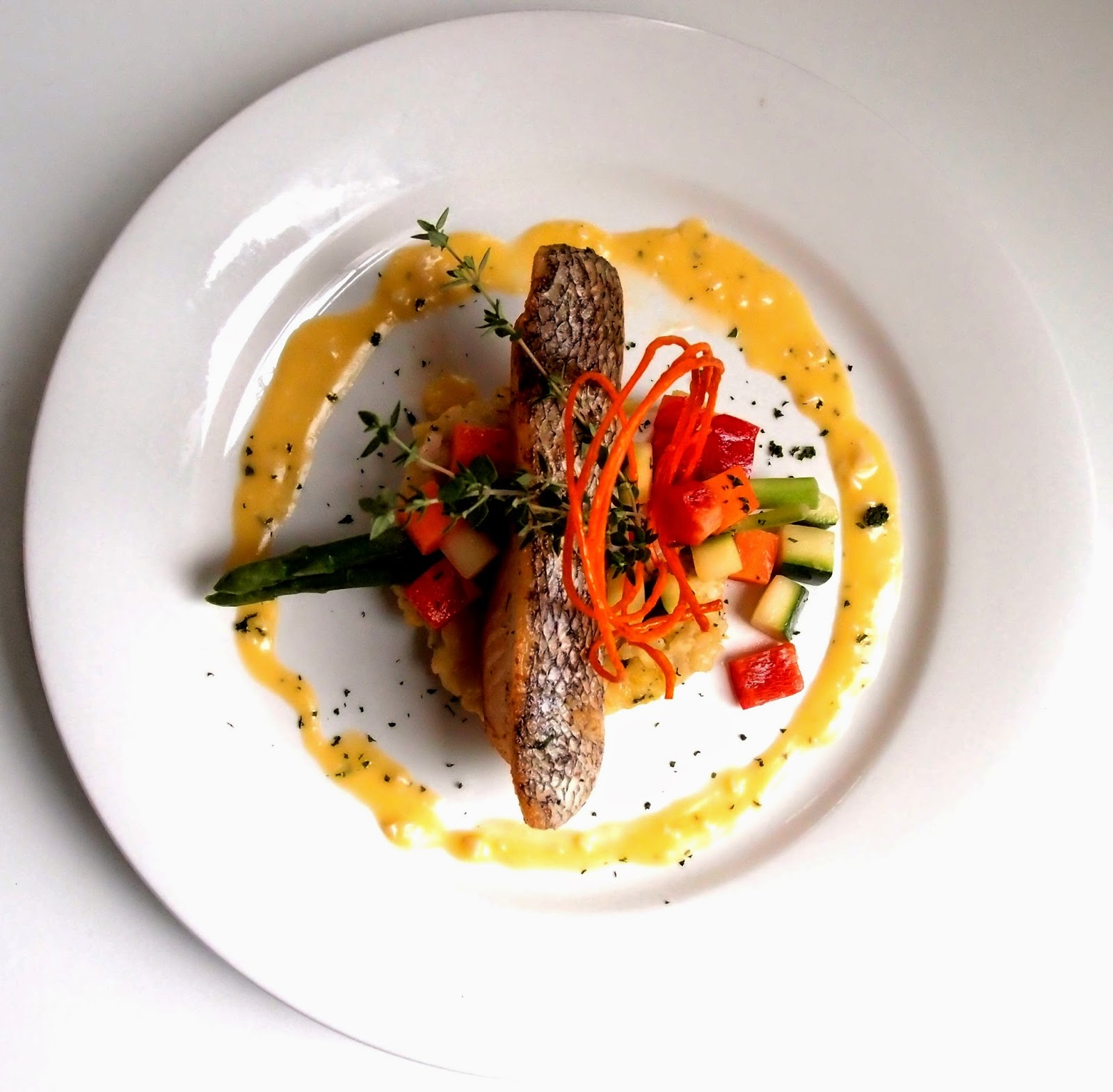 Follow me to eat la malaysian food blog premiere hotel for Restaurants that serve fish near me