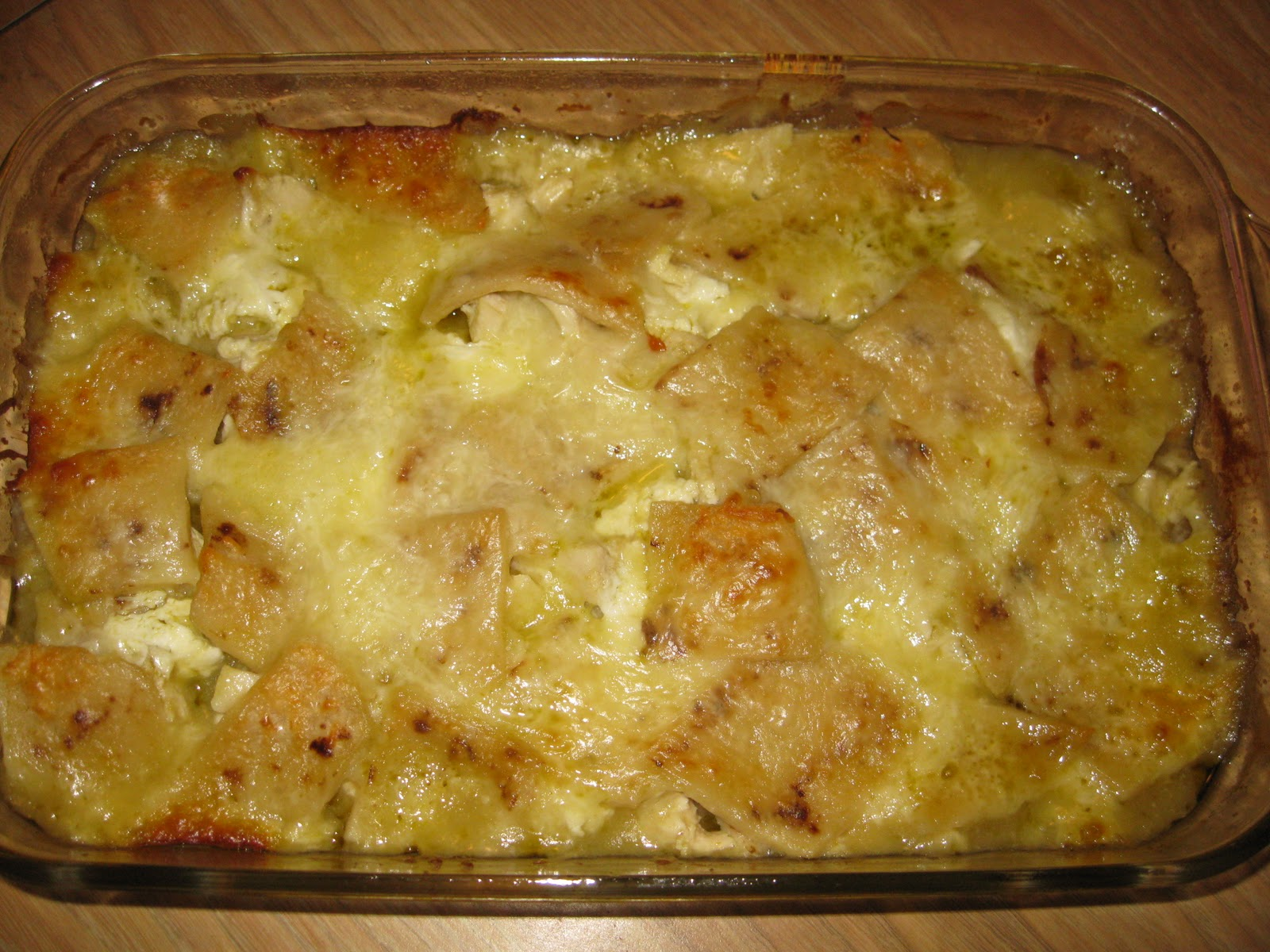 Nana's Recipe Box: Chicken Enchilada Casserole