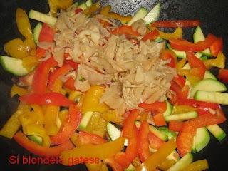 sos chinezesc cu legume
