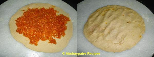 place 3 tbsp filling on a roti