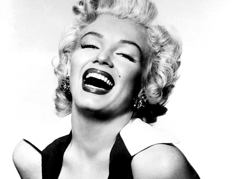 Ladyfairy 39 s closet fashion icon of the month marilyn monroe - Marilyn monroe diva ...
