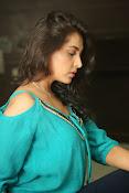 Madhu shalini new glamorous photos-thumbnail-20