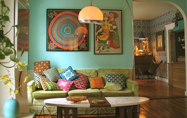 Merancang Ruang Tamu Tradisional Kontemporer