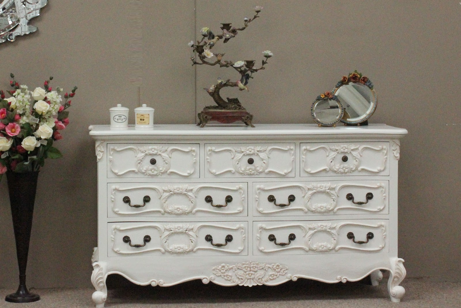 French Decor And Interiors Decorating With Shabby Chic Furniture