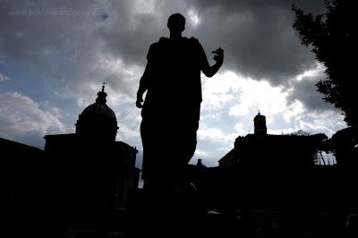 Los fundadores de Roma eran animistas y creían en el numen, un ánimo, fuerza o voluntad que existe en todas partes y que se manifiesta solo y exclusivamente por medio de la acción. Foro Romano, Roma, Italia. (Foto: www.chicosanchez.com)