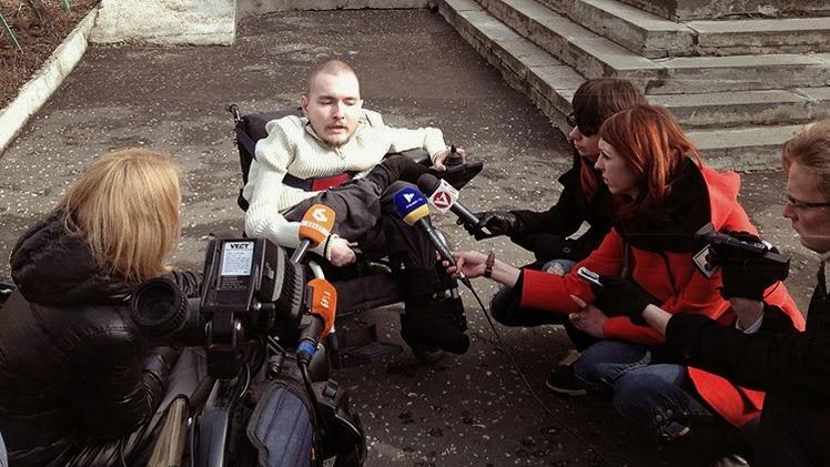 """Un cirujano al voluntario ruso: """"El trasplante de cabeza podría causar algo peor que la muerte"""""""