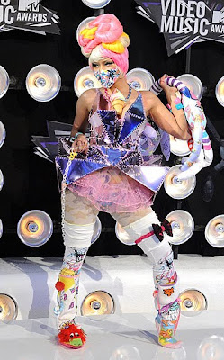10 Best Fashion at MTV VMA 2011: Nicki Minaj
