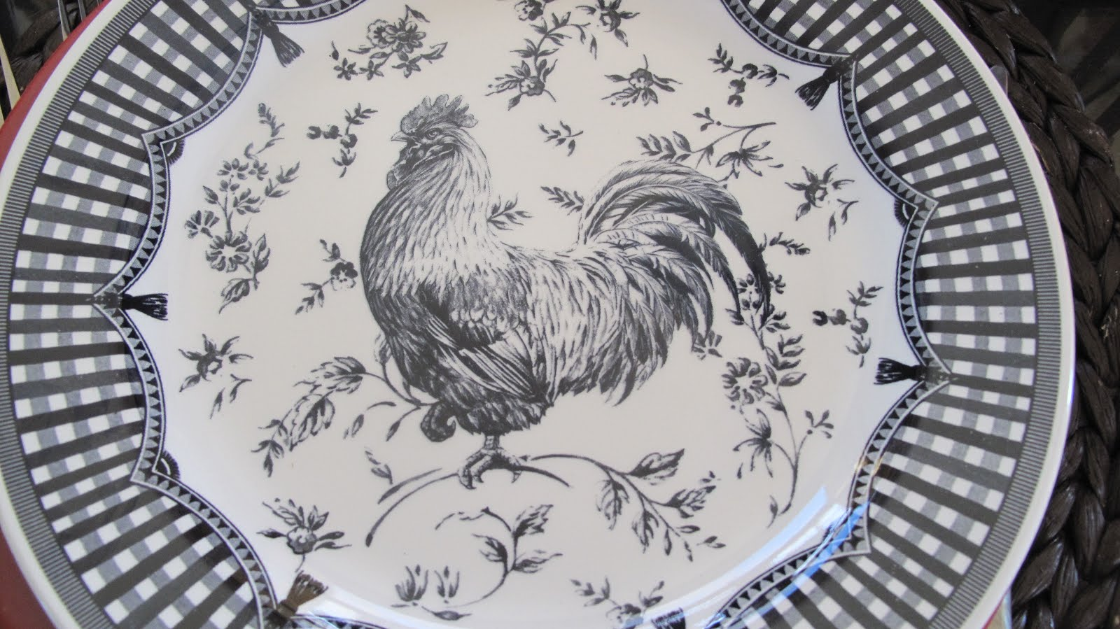 I found them at a Marshallu0027s on clearance. When we were first married we lived about a block away from a Marshallu0027s store. I hadnu0027t been to a Marshallu0027s in ... & Red Couch Recipes: Rooster Rendezvous Tablescape