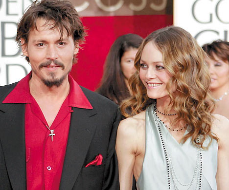 vanessa paradis and johnny depp kissing. Johnny Depp Vanessa Paradis