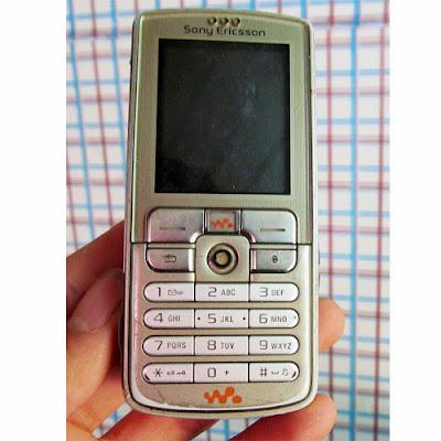 Bán Sony Ericsson W700 nguyên tem dòng walkman chuyên nghe nhạc giá rẻ có thẻ nhớ, camera, java, lên mạng, nghe mp3 wma fm radio