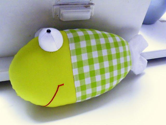 Pfiffigstes Häkelblog: Schnittmuster 2 für einen genähten Fisch ...