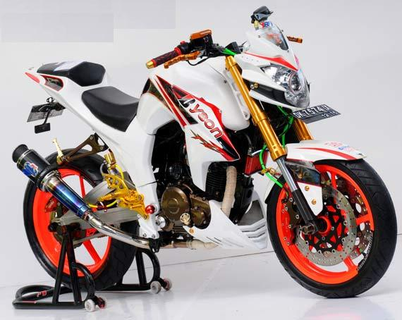 modifikasi motor Sport yang diterapkan melalui fotomodifmotor seperti title=