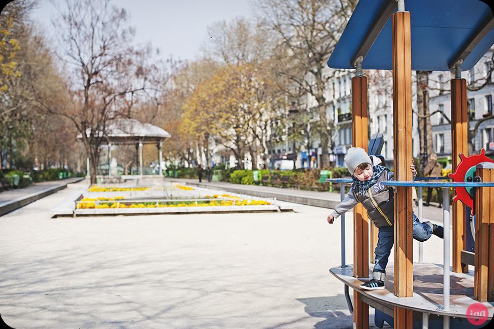 fajne place zabaw w Paryżu