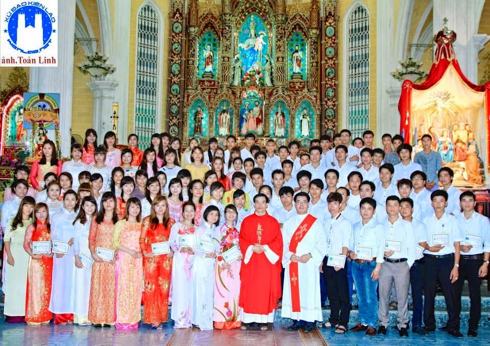 Tổng kết khóa giáo lý hôn nhân giáo xứ Đền Thánh Kiên Lao