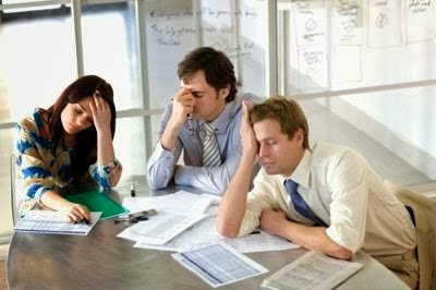 Tips Agar Tidak Merasa Monoton Bekerja Kantoran