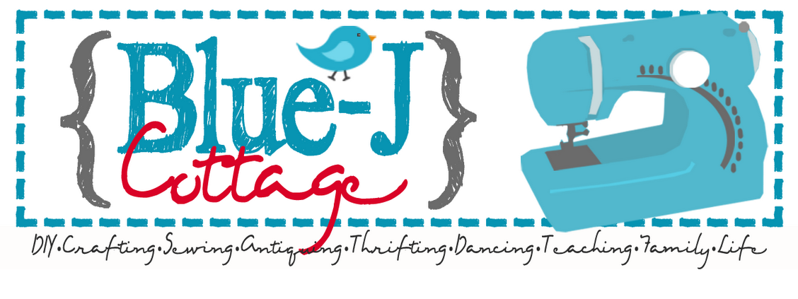 Blue-J Cottage