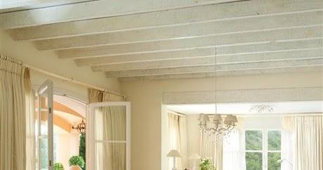 comment eclaircir des poutres lasurees with comment eclaircir des poutres anciennes. Black Bedroom Furniture Sets. Home Design Ideas