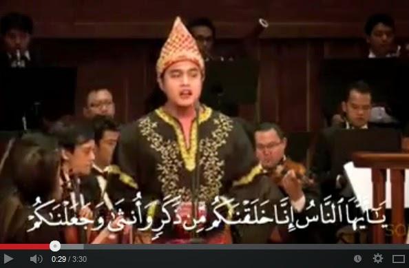 Video menghina Al Quran dengan seriosa (Youtube)