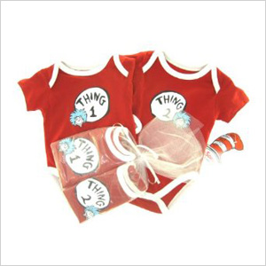 6 Must-Give Newborn Gifts for Twins