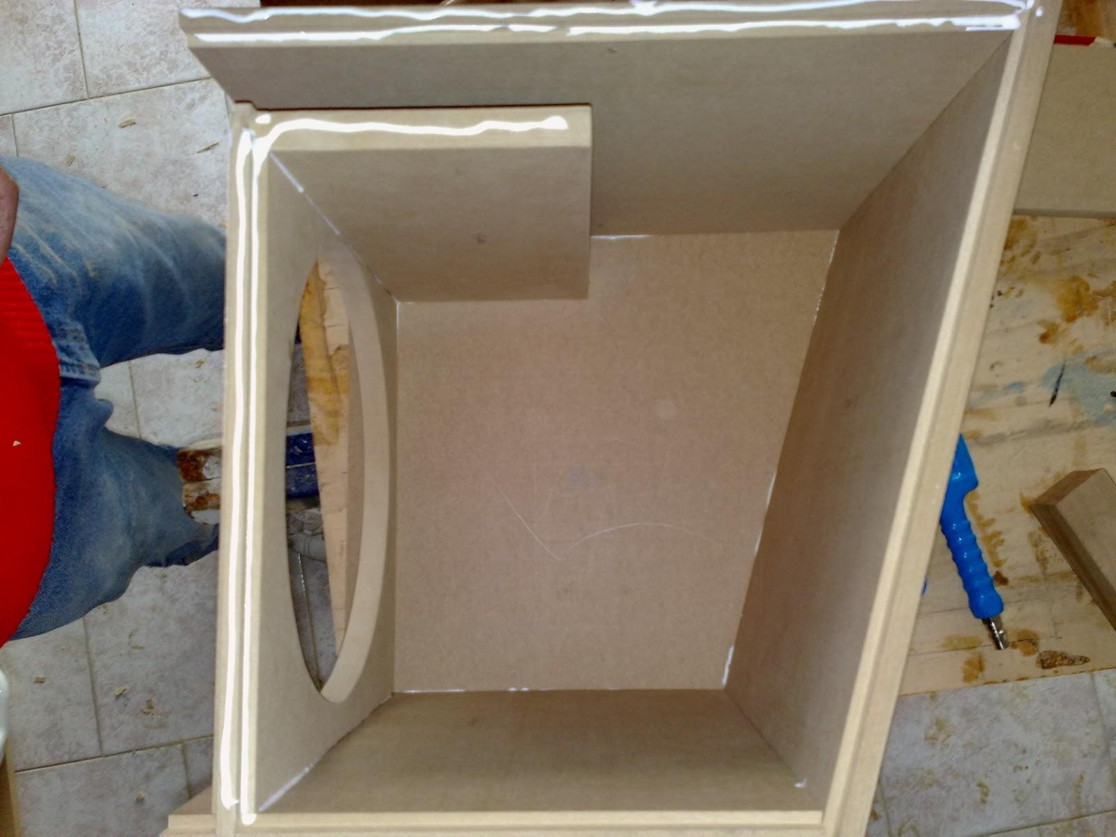 ketto90 hi fi car costruzione di un box per il subwoofer