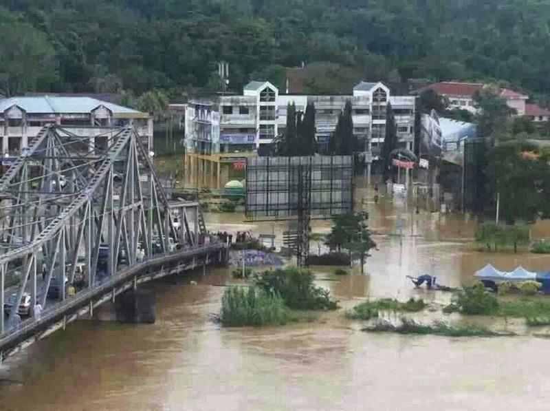 Beaufort Malaysia  City pictures : banjir ditempatkan di 25 pusat pemindahan banjir di Tenom, Beaufort ...