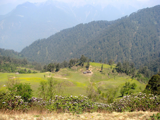 Gujar kothi in the valley below