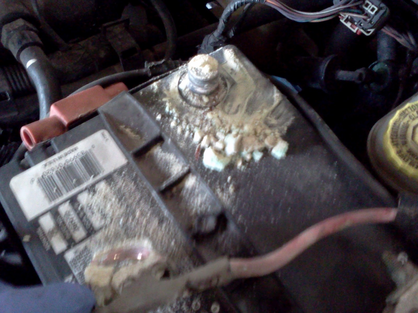 Timthetech 2004 Dodge Neon Sxt 20 Intermittent Stall Ford F150 Battery Terminal Next It Was Time To Clean The I Connected A Saver Dcl Under Dash Then Disconnected Positive Cable And Started
