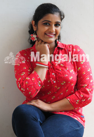 Shalu Kurian Serial Actress Is Famous For Her Role In Chandanamazha As Varsha She Acted In Movie Parankimala Shalu Kurian Also Acted In Some Of The