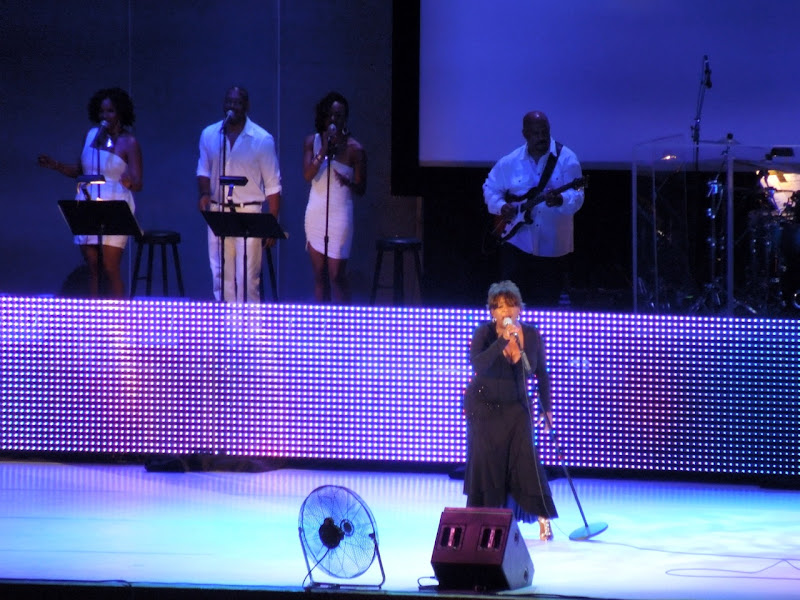 Anita Baker concert Hollywood Bowl